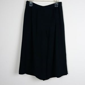FOREVER 21 WIDE LEG PLEATED CROPPED PANTS